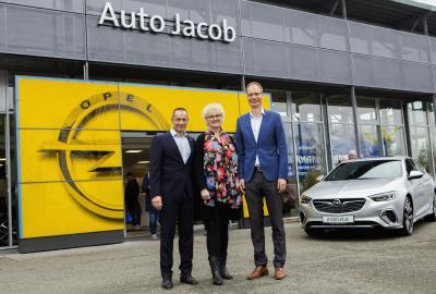 Angrillen bei Opel