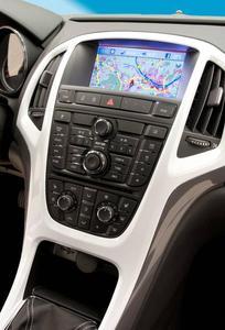 Wegweiser: Das Navi 900 wird jetzt auch in den Astra-Modellen angeboten
