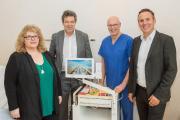 v.l.n.r.: Sabrina Weißbach, Dr. Uwe Spetzger, Prof. Peter Schmittenbecher, Markus Heming. Bild: Markus Kümmerle