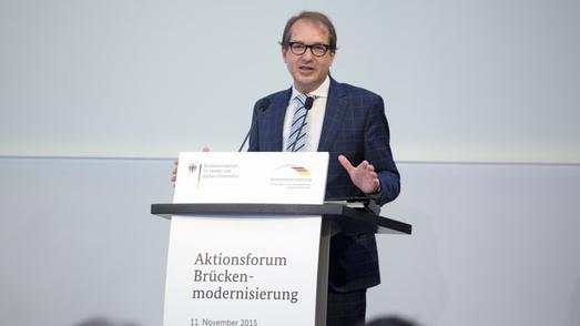 Minister Dobrindt beim Aktionsforum Brückenmodernisierung (Bild: BMVI)