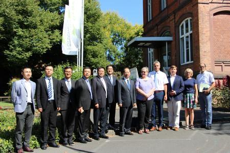 Die Delegation aus Ningxia mit ihren Geisenheimer Gastgebern © Hochschule Geisenheim