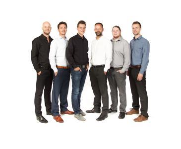 Das Projektteam der Hochschule Osnabrück (v.l.): Daniel Schwalbe, Tim-Niklas Hachmeister, Robert Schnüll, Prof. Thomas Hofmann, Dennis Timmermann, Malte Syndicus