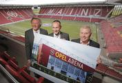 Preview: FSV chairman Harald Strutz, Jürgen Keller, Executive Director Sales, Marketing & Aftersales Opel German, and Mainz 05 marketing boss Dag Heydecker (from left to right) reveal how the OPEL ARENA will look as of this summer