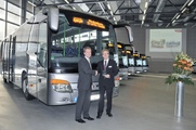 Heinz Friedrich, Head of the Setra domestic sales department, hands over 15 model S 415 UL Setra MultiClass buses to Peter Medenbach (on right)