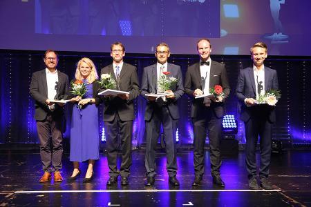 Josef Stellner und Stephanie Mossbacher (links im Bild) bei der Preisverleihung ByodoNaturkost Email