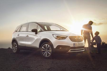 Der komplett neue Opel Crossland X: Außen knackig kompakt, innen richtig geräumig und extra variabel, mit cooler Zweifarblackierung und einem lässigen SUV-Look