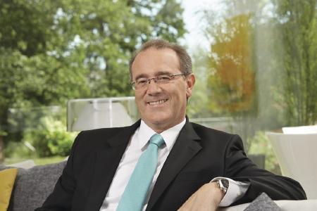Klaus-Dieter Schwendemann, Marketingleiter bei WeberHaus, begrüßt die Erhöhung der KfW-Tilgungszuschüsse im Bereich Energieeffizient Bauen und Sanieren