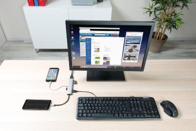 HZ 2799 06 Callstel USB Hub DeX Smartphone PC Adapter 3xUSB