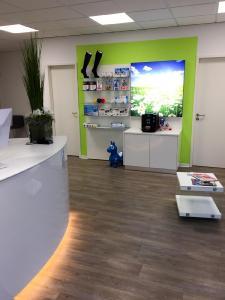 Ladenbau - Sanitätshaus Miehle eingerichtet von OBV