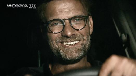 X-tra-Klasse: Jürgen Klopp und Co. Setzen die Highlights des MOKKA X in der neuen europaweiten Opel-Werbekampagne humorvoll in Szene