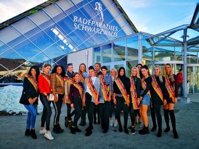 Finalistinnen zur Wahl der Miss Germany zu Gast im BADEPARADIES SCHWARZWALD