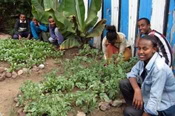 Connox Kooperiert Mit Welthungerhilfe Connox Gmbh