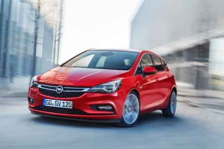 On track: The new Opel Astra arrived at the dealerships in October and immediately increased sales in the compact class – in total, Opel sold 56,300 Astras in Germany in 2015