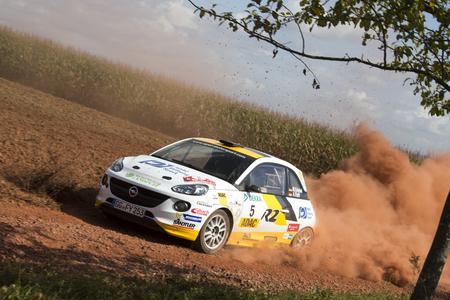 Deutsche Rallye Meisterschaft und ADAC Masters: Opel-Werkspilot Marijan Griebel gewann sechs von acht nationalen Meisterschaftsläufen und machte schon vorzeitig den Titel in der Division 5 klar, © GM Company