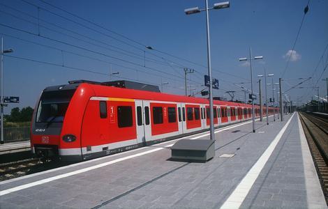Gremien von Region Hannover, LNVG und NWL stimmen für DB Regio: Zuschlag für die S-Bahn Hannover Ende Juli 2010 vorgesehen