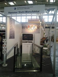 Seine neueste Errungenschaft präsentierte Thomas Hammer auf der Internationalen Handwerksmesse 2012 in München
