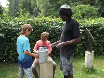 Bildhauer, Michael Kasavinge, August 2017 023