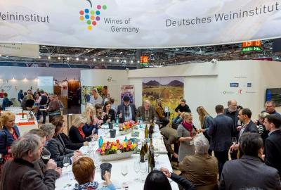 """Das Deutsches Weininstitut stellt auf der ProWein 2018 unter dem Motto """"Germany's Coolest Wines"""" besonders coole Weinkonzepte und Etikettendesigns vor"""