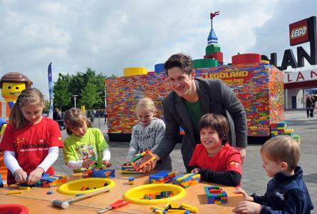 Matthias Steiner termina il LEGO più grande del mondo nel parco di divertimenti LEGOLAND Deutschland