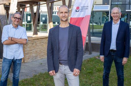 Das neue Dekanat im Fachbereich Bauwesen der Technischen Hochschule Lübeck: v.l.: Prof. Heiner Lippe, Prof. Stephan Wehrig und Prof. Holger Lorenzl, Foto (THL)