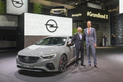 2017 Opel Insignia GSi Carlos Tavares Michael Lohscheller IAA Fankfurt