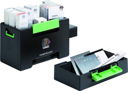 """In der """"Box Farbfächer"""" sind Farbfächer, Kollektions- und Übersichtskarten stabil und übersichtlich untergebracht. Die Facheinteilung im oberen Teil lässt sich je nach Bedarf variieren"""