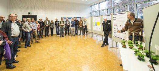 Lehrende, Mitarbeitende und Studierende der Hochschule Osnabrück präsentierten den Gästen der Kontaktstudientage aktuelle Forschungsprojekte