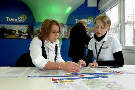 Tramlinie 23: MVG-Infocontainer jetzt an der Münchner