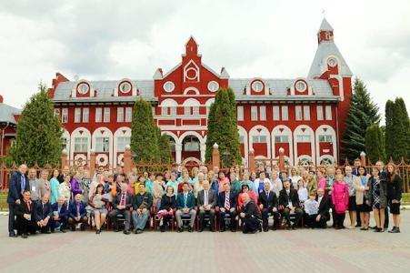 Teilnehmende am Kongress für Gehörlosenarbeit an der Zaoksky Adventist University, Russland, © Foto: Euro-Asia Division
