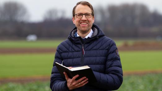 """""""Herausforderung Jesus – Das Johannesevangelium"""" mit Pastor Marcel Wieland / Foto: Gerald Weigend"""
