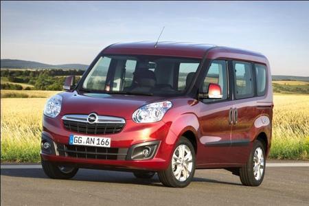 Die neue Generation Opel Combo bietet clevere Lösungen im Segment der kompakten Transporter. Sie präsentiert sich variantenreich, technisch up-to-date, betont wirtschaftlich und mit höchstem Nutzwert