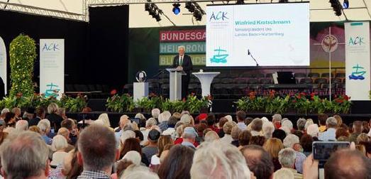 Ministerpräsident Winfried Kretschmann auf dem 10. ökumenischen Schöpfungstag in Heilbronn