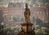 In Heidelberg gibt es in der historischen Altstadt viel zu entdecken, © Heidelberg Marketing GmbH, Fotograf: Tobias Schwerdt