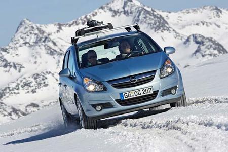 """Beim Opel-Händler bekommt der Kunde garantiert Produkte, die dem aktuellen Stand der Technik entsprechen ? dank """"4 für 3"""" zum extra günstigen Preis"""