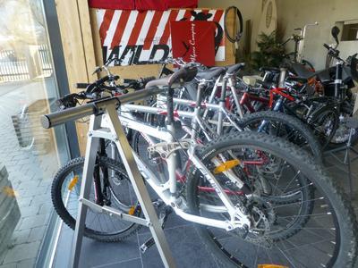 ob Elektrofahrrad oder Bike ... einfach auswählen und los geht es ...