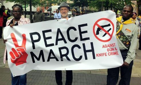 Friedensmarsch gegen Waffenkriminalität in London / © Foto: Ashley Bloom/TED News Network