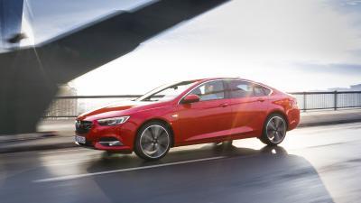 Der rechnet sich: Mit umfangreicher Edition-Ausstattung, Top-Verarbeitung und sparsamen Motoren bietet der Opel Insignia vorbildlich wirtschaftliche TCO-Werte pro Kilometer