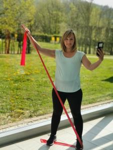 Antje Bergter-Bständig, Physiotherapeutin im Klinikzentrum Bad Sulza, ist bestens für die digitale Therapie gerüstet | Foto: Melanie Berger