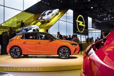 Opel-Stand elektrisiert die 68. Internationale Automobil-Ausstellung