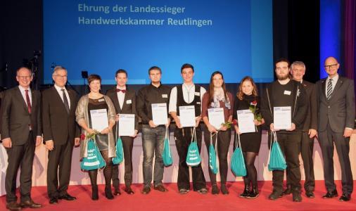 Die Landessieger aus dem Bezirk der Handwerkskammer Reutlingen bei der Abschlussfeier in Heidenheim