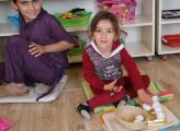 Die kleinen Besucher des Zentrums lernen mit gutem pädagogischen Material
