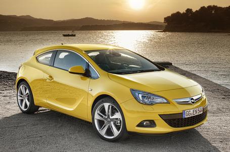 Vier Weltpremieren stehen im Mittelpunkt des Opel-Auftritts auf der 64. Internationalen Automobil-Ausstellung in Frankfurt am Main (15. bis 25.09). Der neue Astra GTC zeigt mit seinem atemberaubenden Design schon auf den ersten Blick, welche fahrdynamischen Qualitäten in ihm stecken. Durch die exklusive Hochleistungs-Vorderradaufhängung (HiPerStrut) bietet das scharfe Kompaktcoupé ultimative