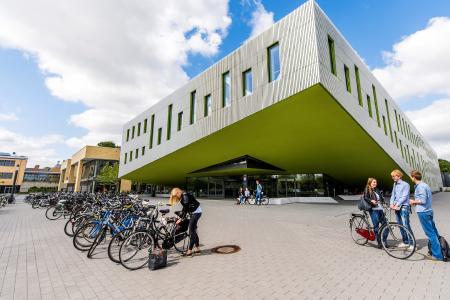 Das Online-Bewerbungsportal der Hochschule Osnabrück ist ab dem 1. November geöffnet. 28 Bachelor- und Master-Studiengänge nehmen zum Sommersemester 2017 Studierende auf