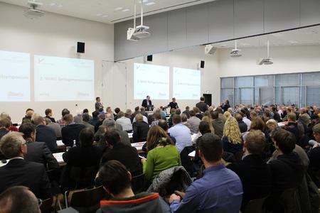 200 interessierte Zuhörer beim 2. Geflügelsymposium des Wissenschafts- und Informationszentrums Nachhaltige Geflügelwirtschaft (WING) an der Hochschule Osnabrück