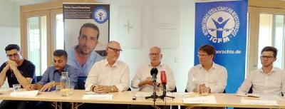 Teilnehmer des Pressegesprächs mit Volker Kauder (3.v.r.), Foto: Holger Teubert/APD