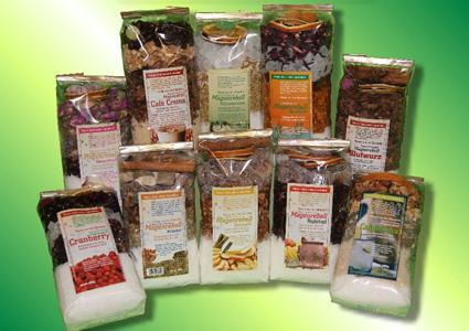 Biller Naturmittel liefert weltweit über 1000 Teesorten, über 500 Einzelgewürze und Gewürzmischungen.