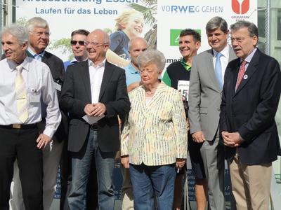 Initiatoren, Schirmdamen und -herren sowie Partner von Onkolauf und Krebstag