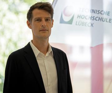 Ein Verfechter von der Zusammenarbeit der Architektur und dem Bauingenieurwesen: Prof. Dr.-Ing. Michael Herrmann, Foto (THL)