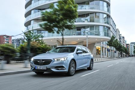 Opel-Jahresrückblick 2017: So geräumig: Der Opel Insignia Sports Tourer glänzt mit bis zu 1.665 Liter Ladevolumen