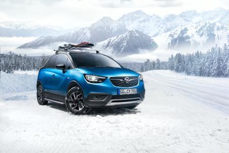 Ab auf die Piste: Mit dem Opel Crossland X haben Wintersportler alles Nötige für die Ski- und Snowboard-Tour mit dabei – dank des passenden Dachträgersystems